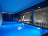 Hilton-london-bankside-swimming-pool-spotlisting