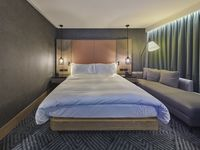 Hilton-london-bankside-guest-room-spotlisting
