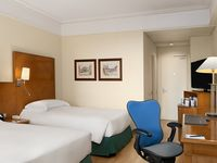 Hilton-rome-airport-twin-guest-room-spotlisting